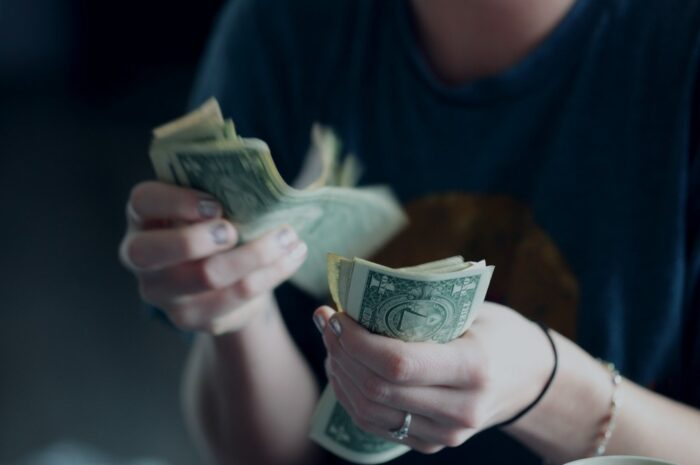 Poplatky, které mohou souviset s půjčkami